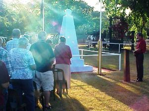 ANZAC day service Halls Creek c 2005